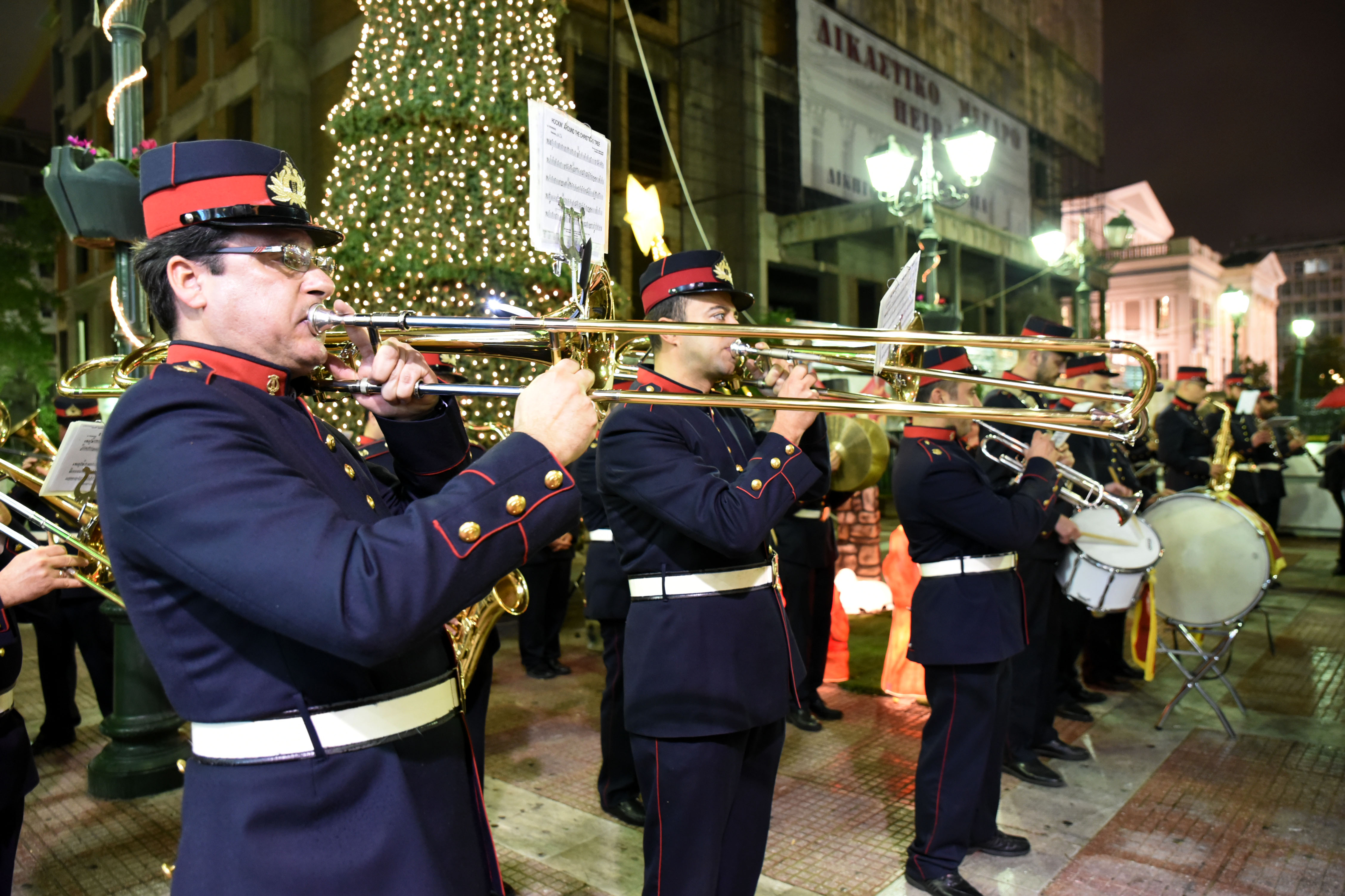 [21, 22 και 28-31 Δεκεμβρίου] Χριστουγεννιάτικοι Μουσικοί Περίπατοι